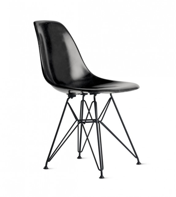 Eames Style DSR Plastic Side Chair (Black Metal Legs)