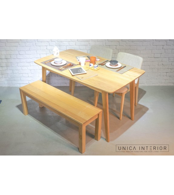 Arius Dining Table