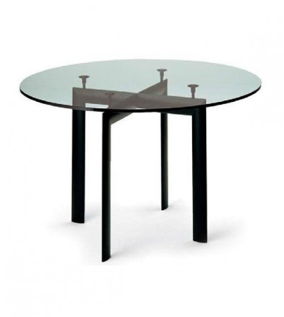 LC6 Round Dining Table